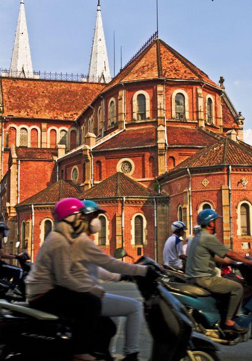 Ho Chi Minh (Saigon): Vietnam S - vietzay | ello