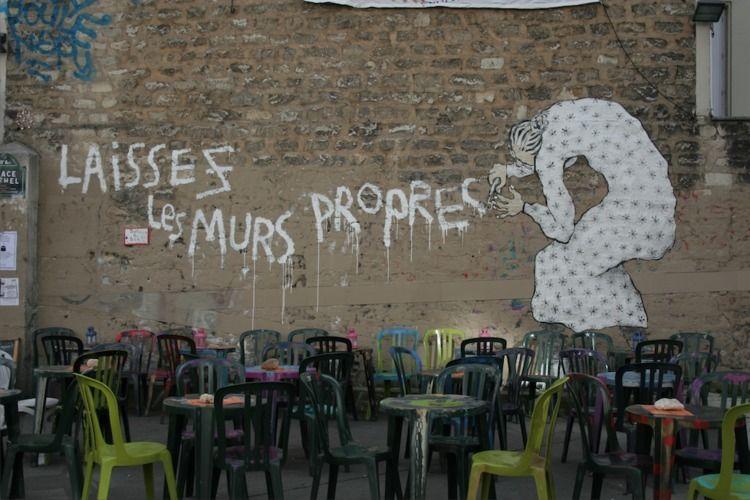 Leave walls clean  - Canon, CanonEOS6D - lucilebe | ello