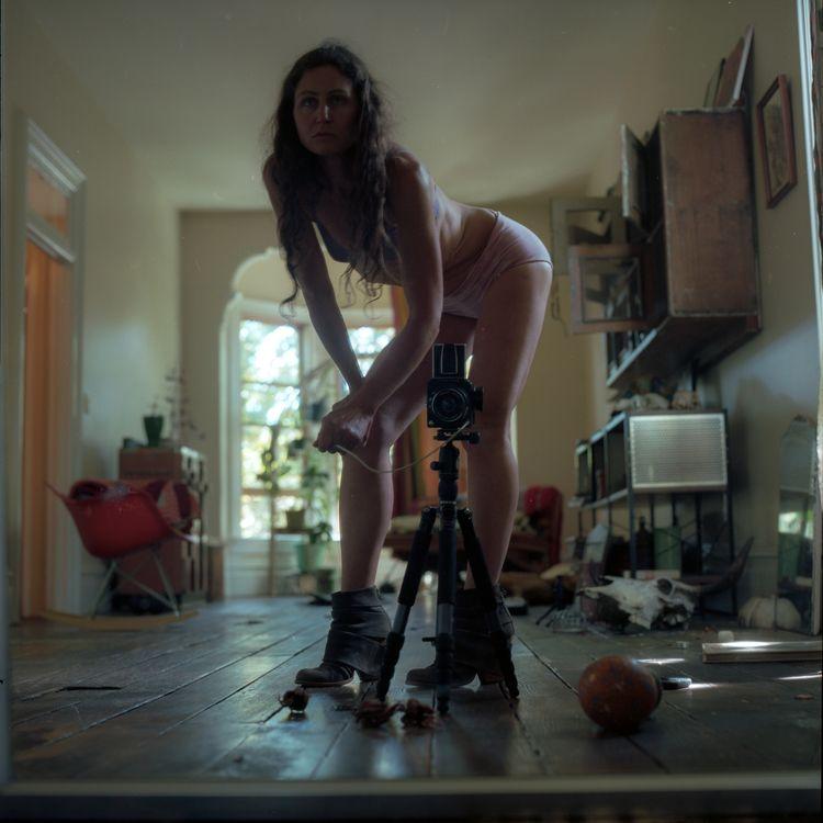 standing  - onfilm, shotonfilm, hasselblad500cm - teetonka | ello