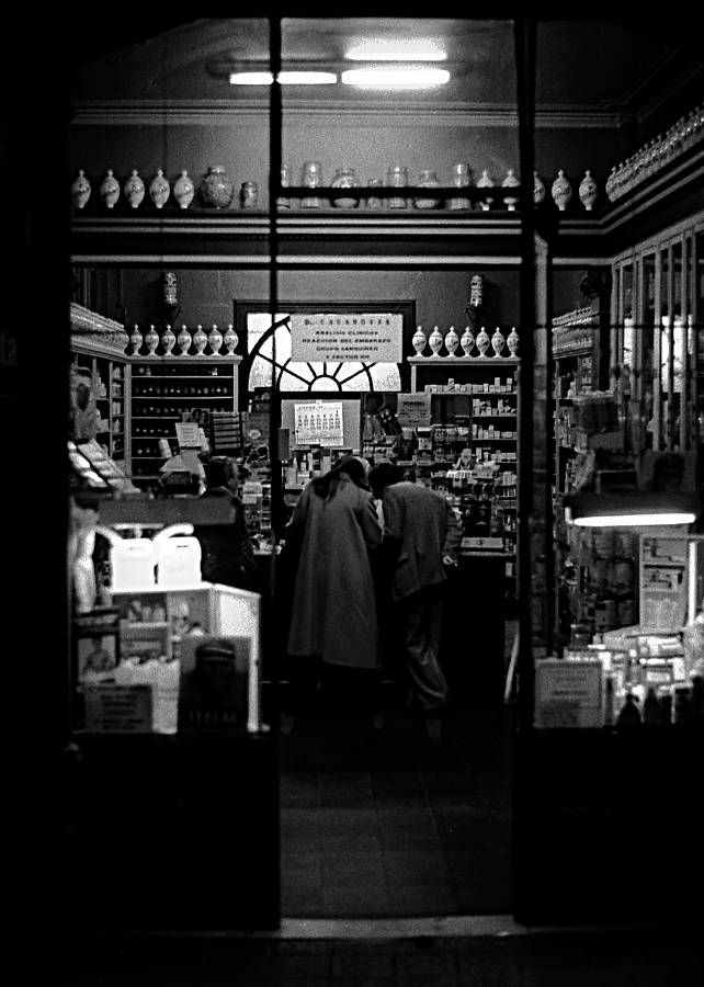 Barcelona, 1970s - filmphotography - andrewld   ello