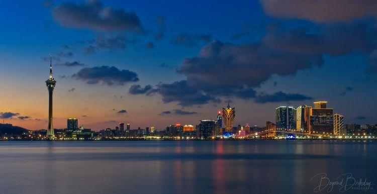 Version 2 City Horizon - landscapephotography - byndbirthday | ello
