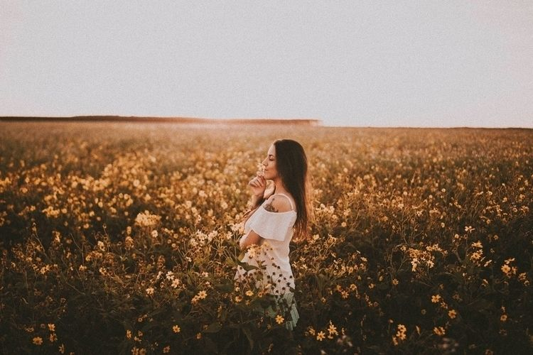 Como eu amo flores:hearts:️ - sterss | ello