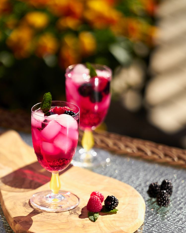love summer?.. Patio drinks - stilllife - katnikcreative | ello
