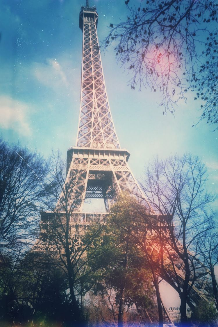 Eiffel Tower, Paris, France. No - andybroomfield | ello