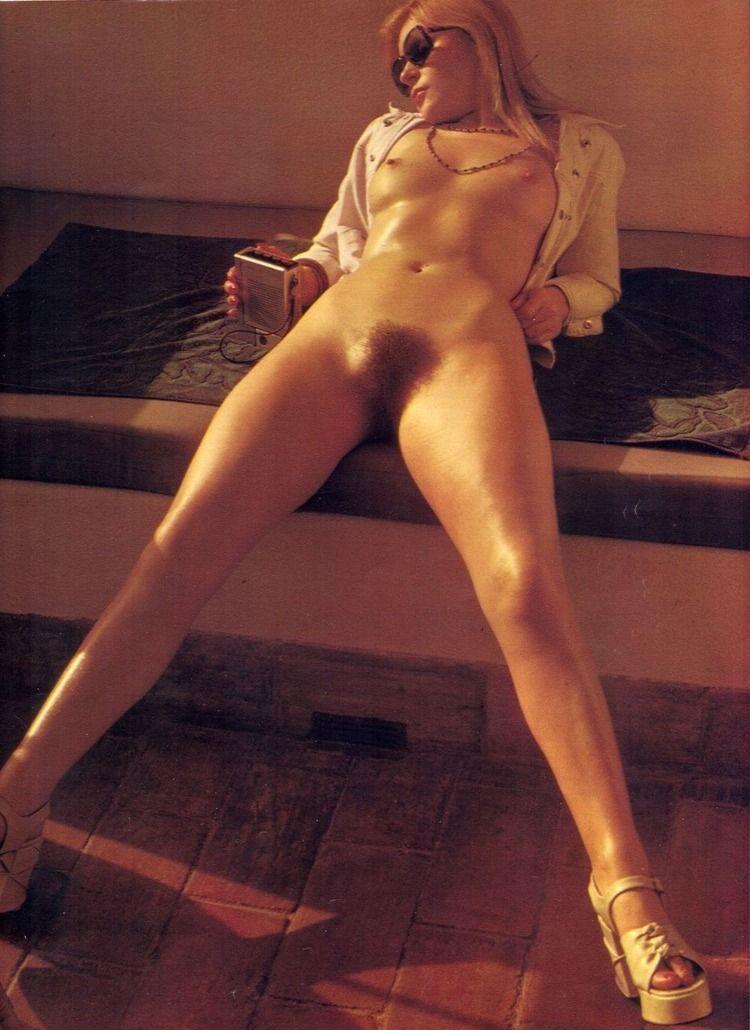 Mary Millington {7/7 - blonde, hairy - pornographicus65 | ello