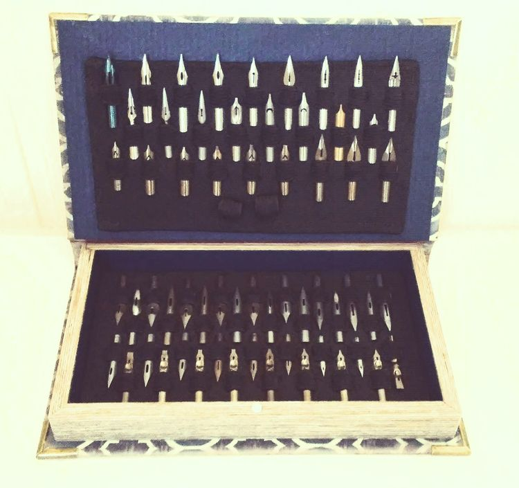 60 Nib Dip Pen Set - Book Serie - pinnacledippens | ello