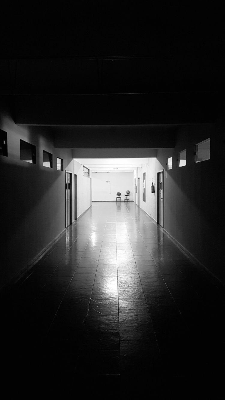 corridor  - blackandwhite, blackwhite - leonardofrey | ello