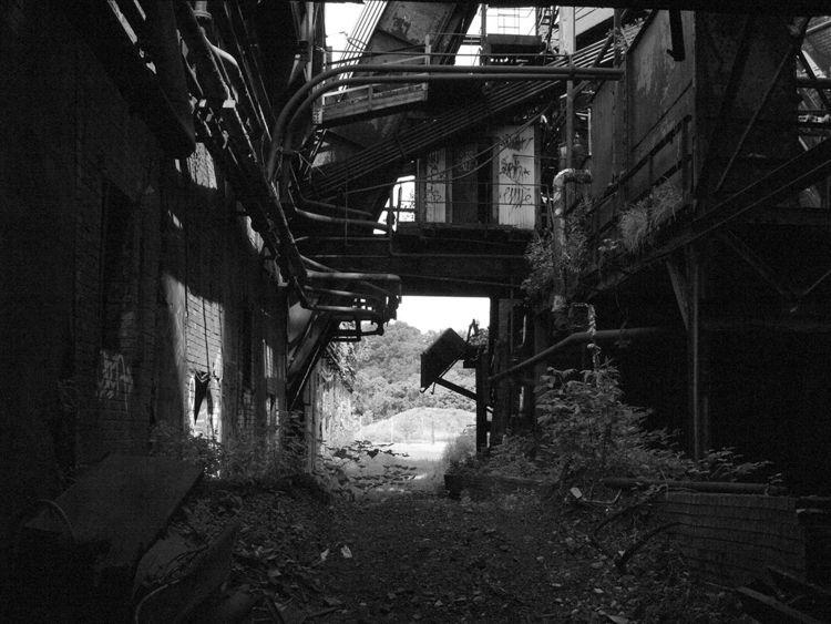 Labyrinth - photography, streetphotography - futureluddite | ello