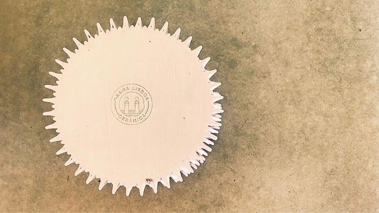 Laser engraved drama logo porce - dramalisboa | ello