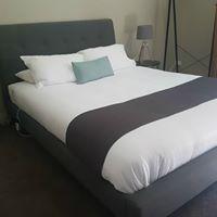 Book Luxury Queen 1 Bedroom Apa - revivehotels | ello