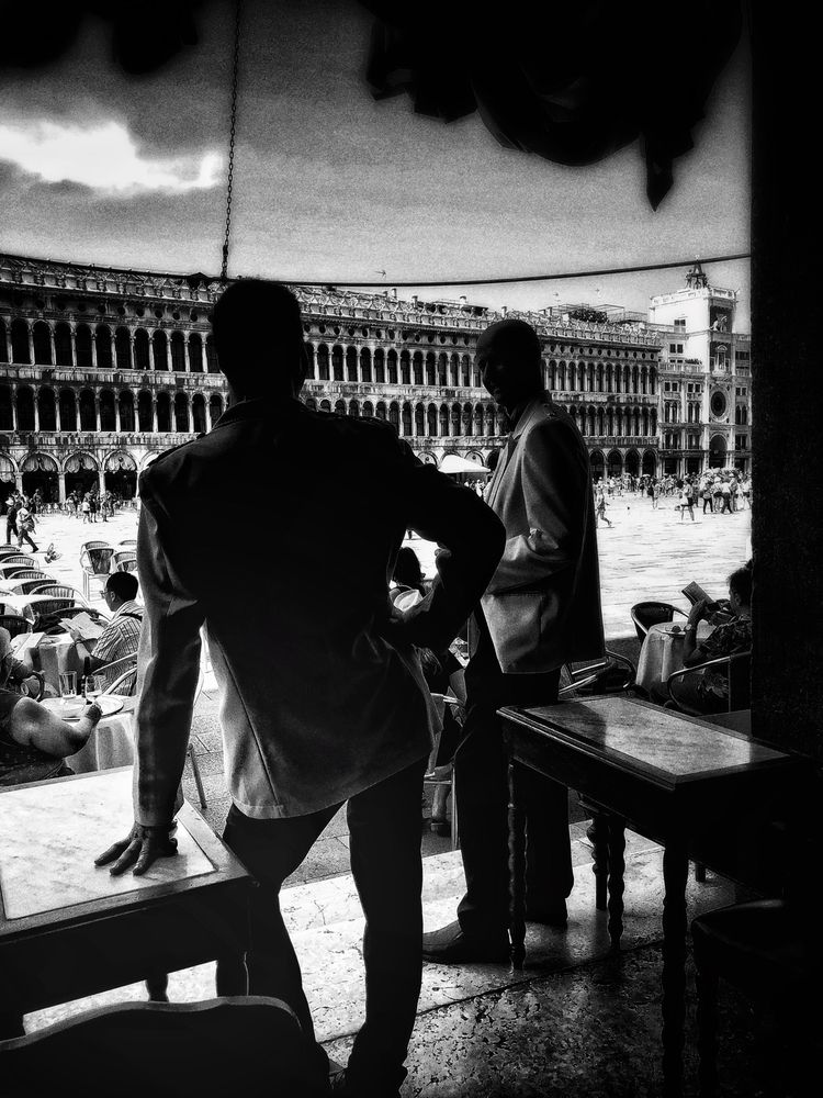 Caffè Florian Venice - street, streetphotography - signorino | ello