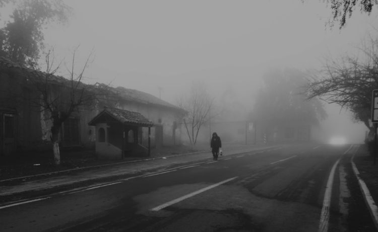 Walking darkness fog - blackandwhite - jjackal | ello