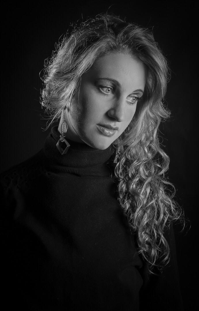 portaitofawoman Inspired Da Vin - photo_light_brush   ello