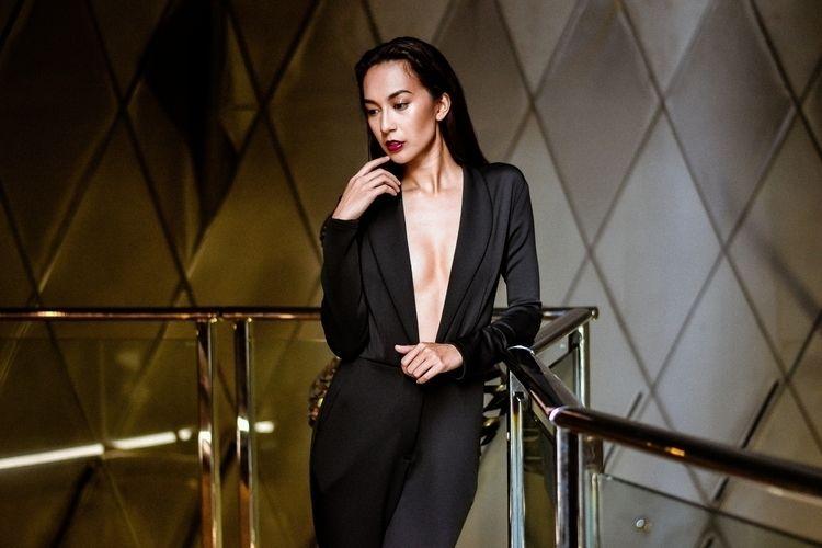 Hannah Sison Suit Patricia Anga - marianveronica | ello