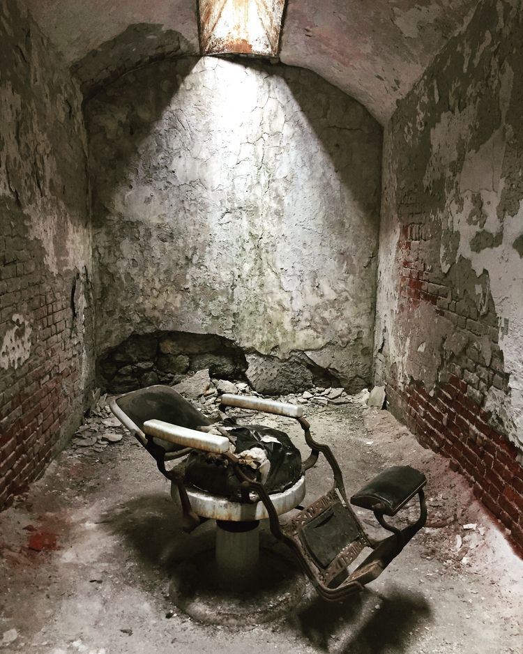 Eastern State Penitentiary. Den - kamlife | ello
