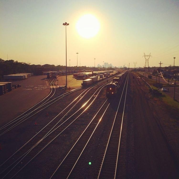 Trains Run - trains, Minnesota, sun - leif_kurth | ello