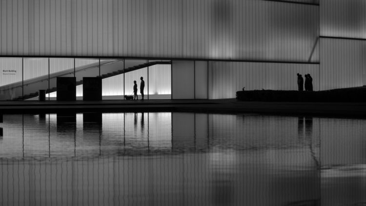 photo front Nelson-Atkins Museu - rickschwartz | ello
