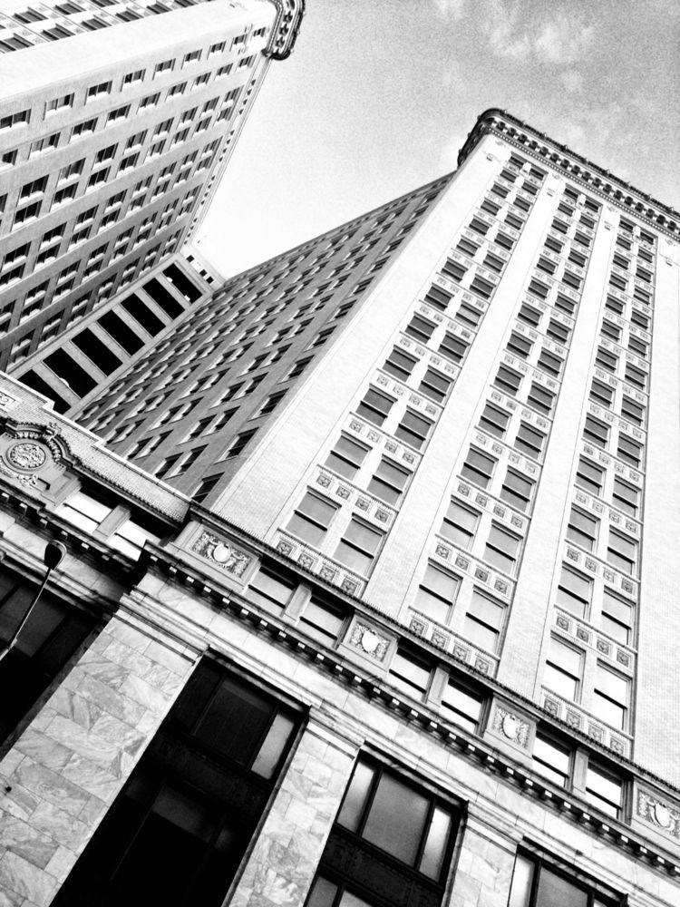 Hurt - blackandwhite, architecture - drewsview74 | ello