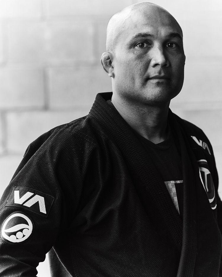 legendary champion - bjpenn, theprodigy - tsiah | ello