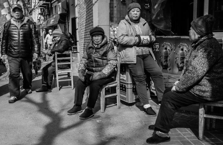 Streets Shanghai / Fujifilm X10 - qgigon | ello