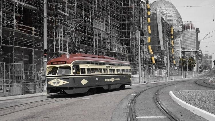 downtown loop lens - photography - d_nodave | ello
