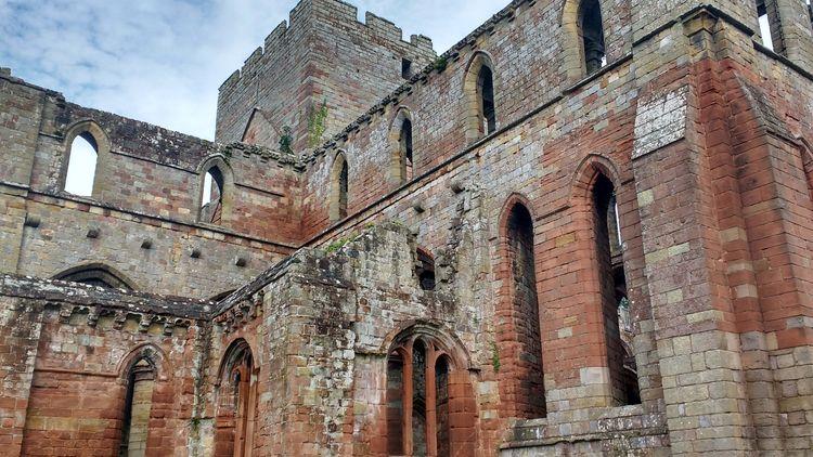 1 Lanercost Priory, Brampton, C - firehorsetextiles | ello