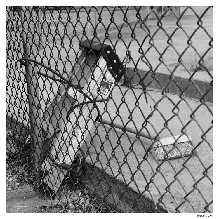 Ladder Broom: Forbidden Love - chained - jascox   ello