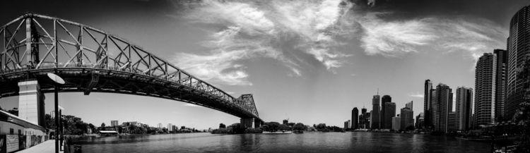 Brisbane CBD River Story Bridge - daphot   ello