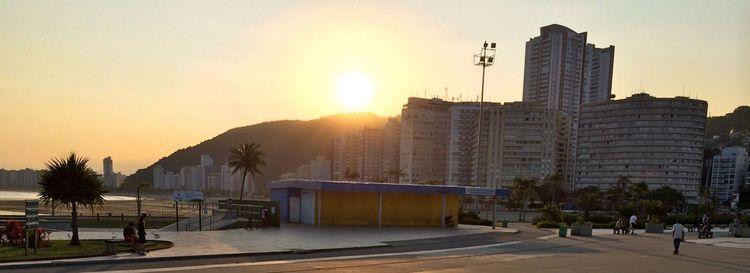 Pôr Sol visto Parque Roberto Má - antoniomg | ello