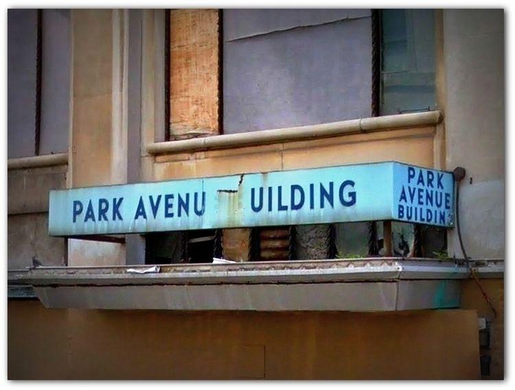 Park Avenue Building, Detroit,  - dispel | ello