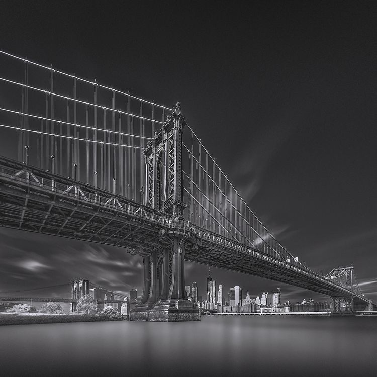Manhattan Bridge (IR-LE-BW - In - johnkosmopoulos | ello