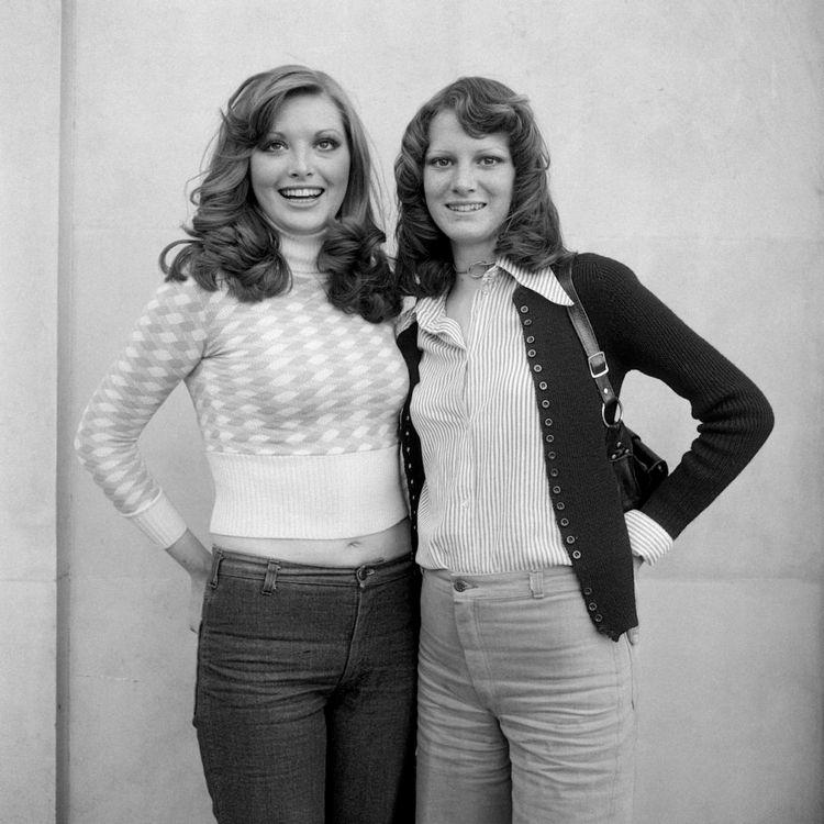 Brasher sisters, Southampton, 1 - bintphotobooks | ello