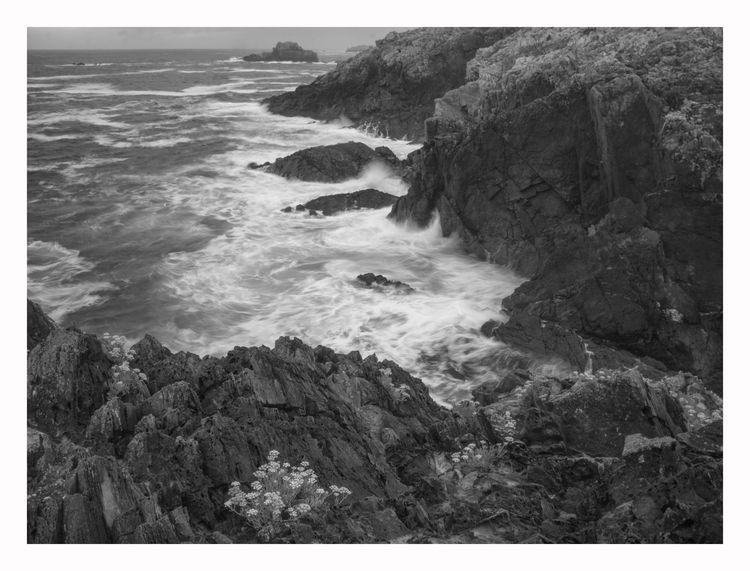 Punta Furada, Tapia de Casarieg - guillermoalvarez | ello