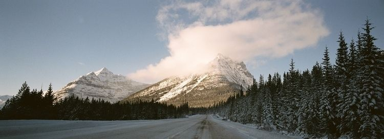 Road tripping Canadian Rockies  - shaunlombard | ello