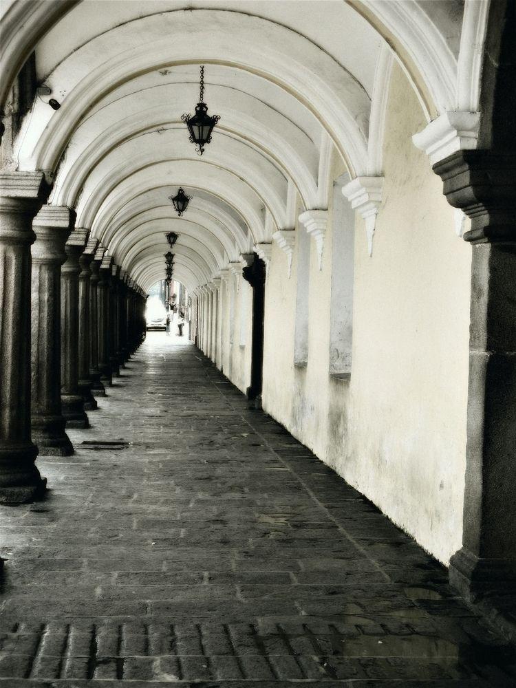 arches pillars - sidewalk, Antigua - jasonlee3071 | ello