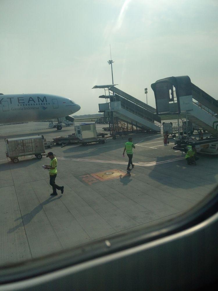 Tarmac Airport - airport - rikoyogapratama | ello