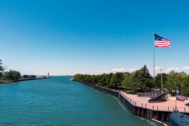 Lake Erie, 2016 returning part  - azdrk | ello