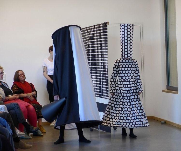 performance Frans van Tartwijk  - gudakoster | ello