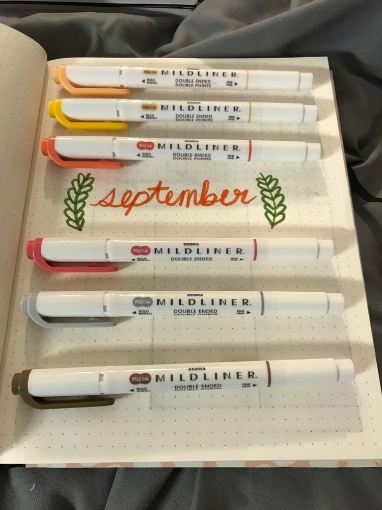 September page, nice fall color - spellfire | ello