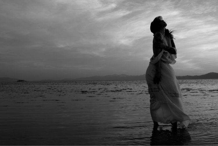 Danni. windy melancholy - blackandwhite - fotogypsea | ello