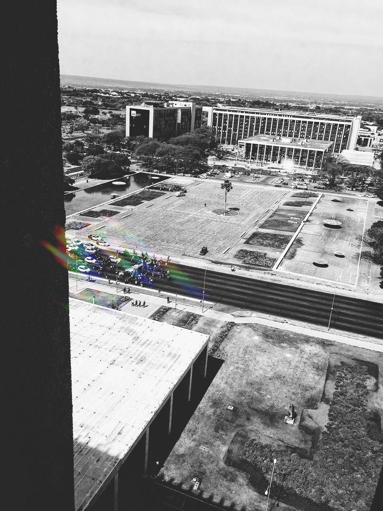 normal day Brasilia. Anexo Buri - larists | ello