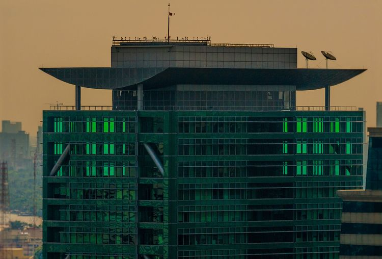 free floors heliport - architecture - christofkessemeier   ello