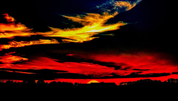 Sunset 9/11/18 - scalzi   ello