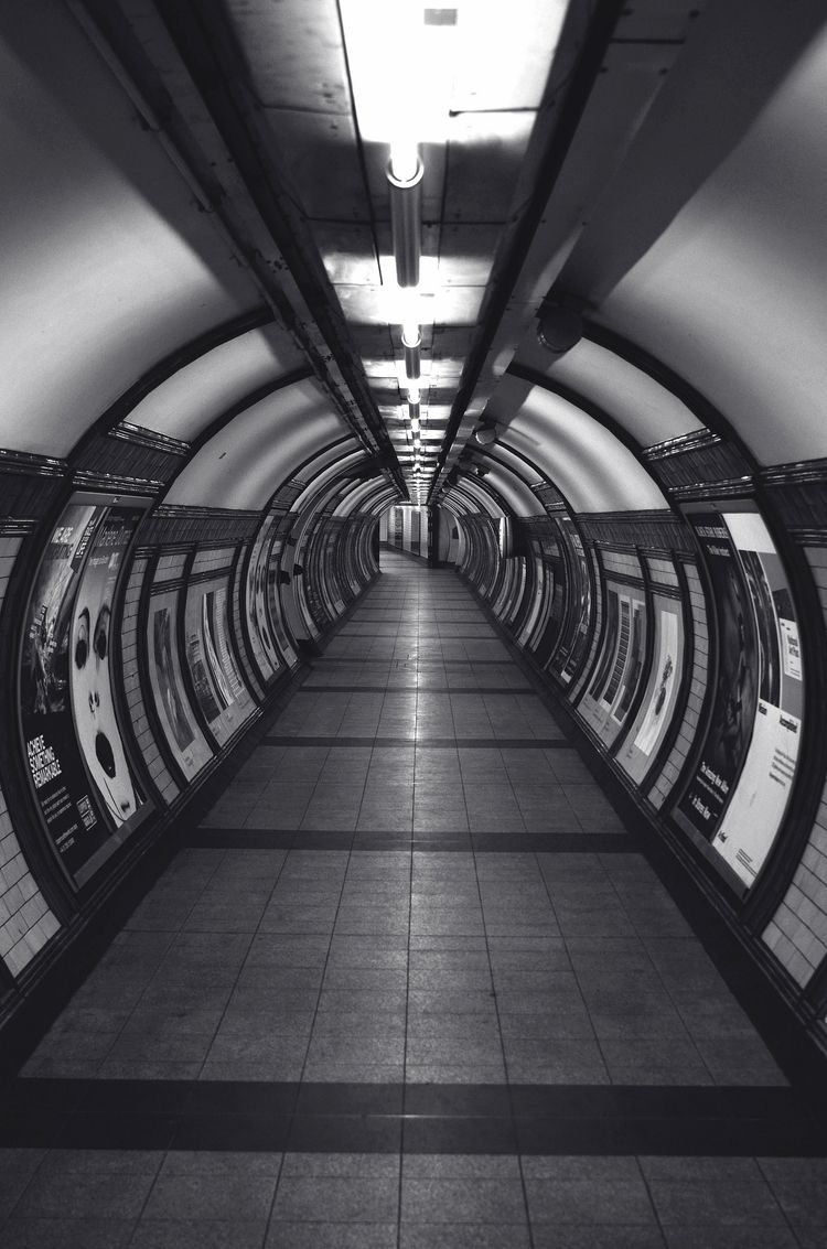 Embankment Underground Train St - eye-dj | ello