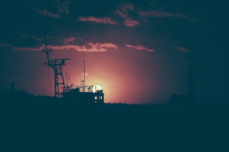 silhouettes dusk - polaroid, 690 - fedodes | ello