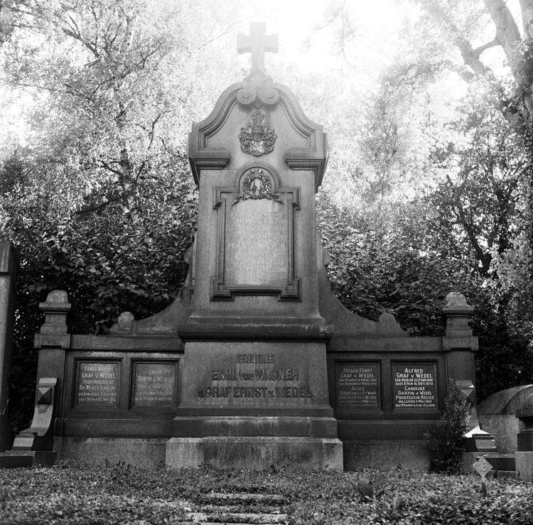 Westfriedhof 1 VIII Camera: Yas - walter_ac | ello