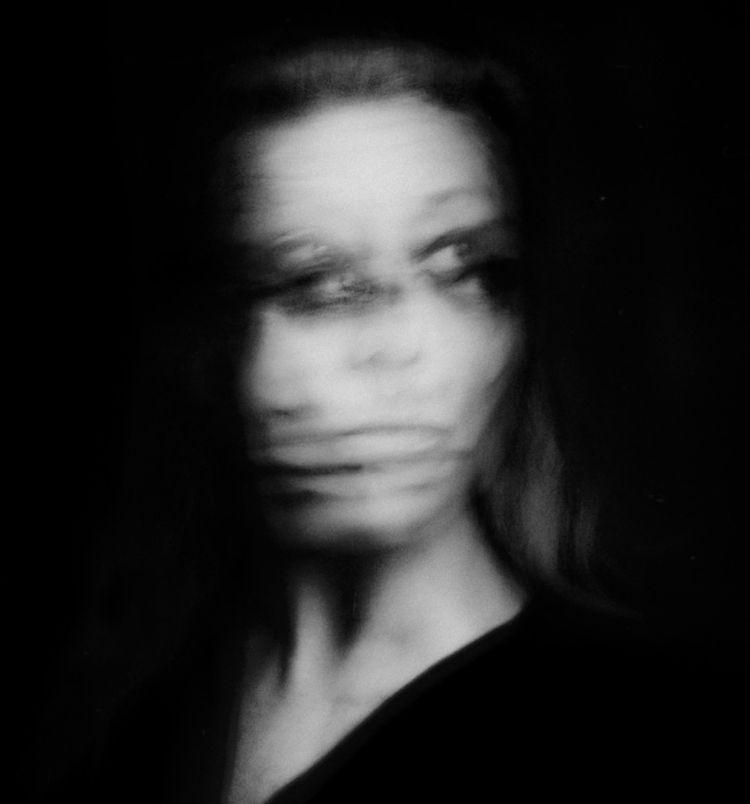 Sarah Lawrie - selfportrait - sarahlawrie | ello