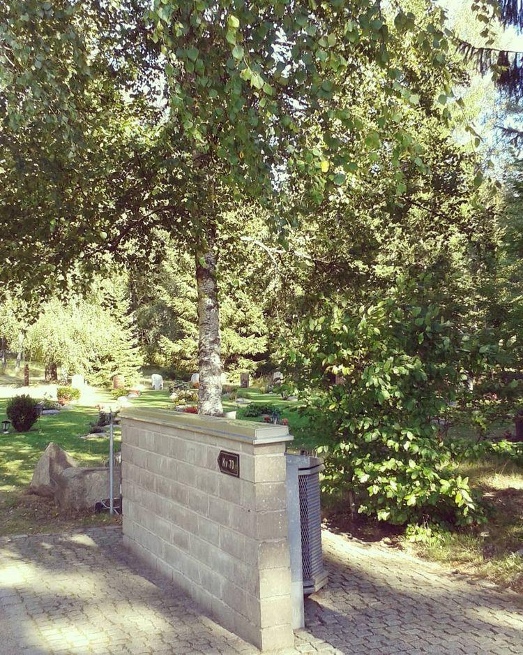 Redskapsplats kvartersnumrering - skogskyrkogardar   ello