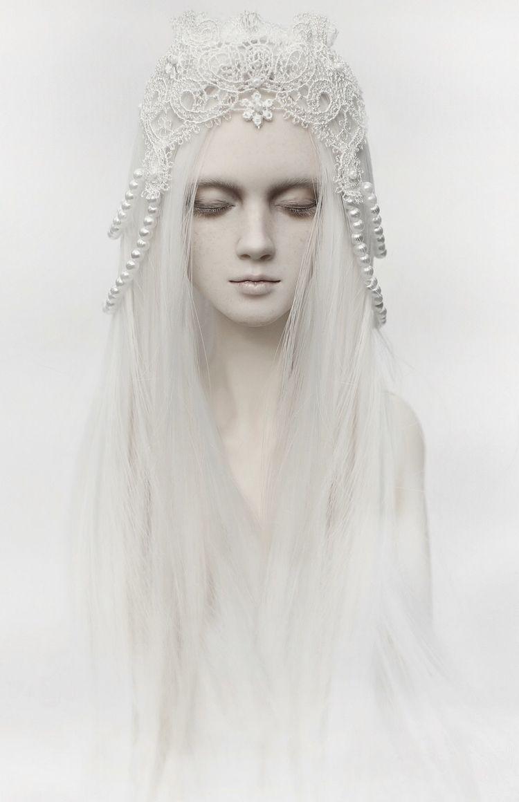 Photographer/Concept/Stylist: K - darkbeautymag   ello