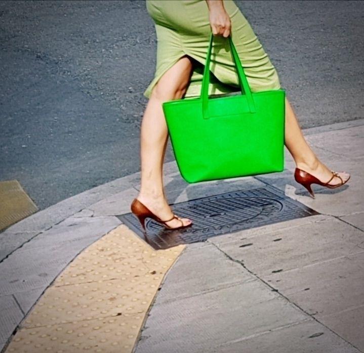 | Green! Downtown, Geneva - Legs - ziolele | ello